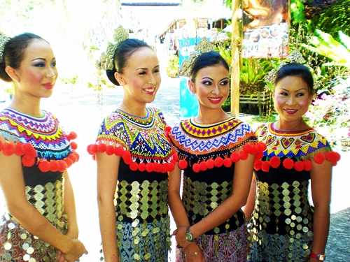 Sarawak Cultural Village: What it means to be a Living ...